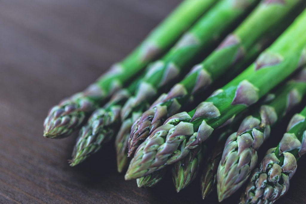 Lista per mese di frutta e verdura di stagione - Asparagi